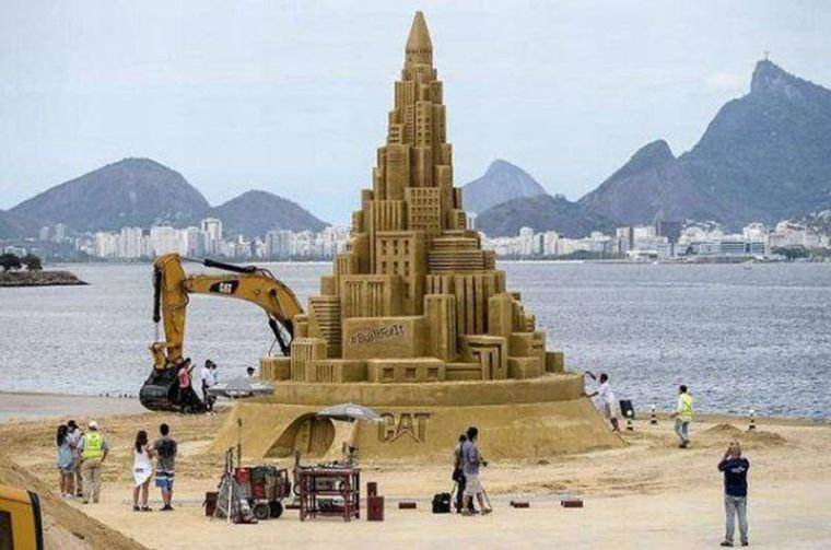 chateau sable geant1