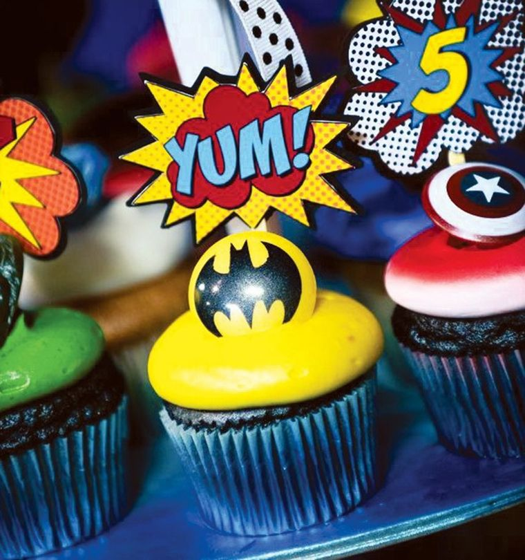 pop art gateaux super heros