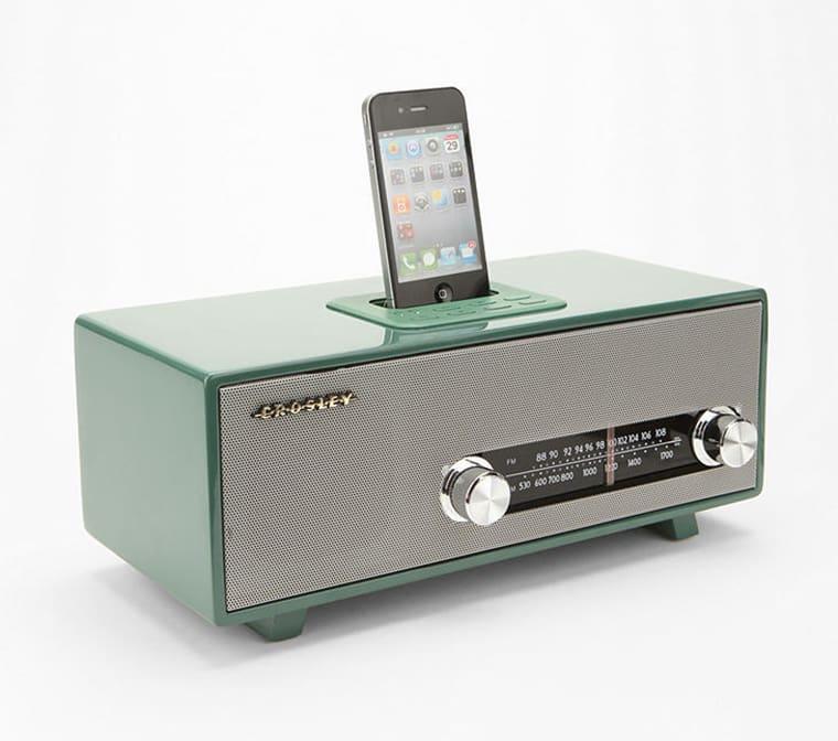Iphone music vintage speaker