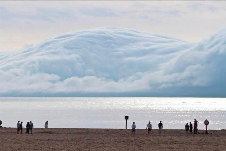 un tsunami de nuages