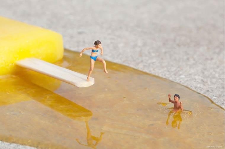 miniaturesque-slinkachu-street-art-esquimo-plongeon