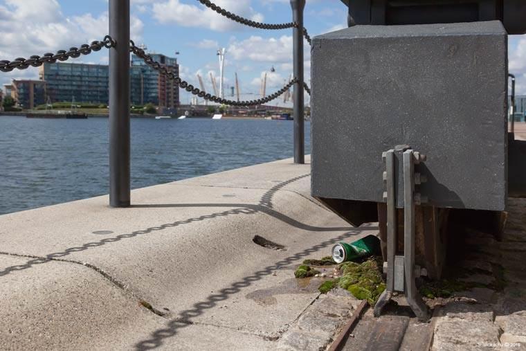miniaturesque slinkachu street art esquimo riviere de biere 2