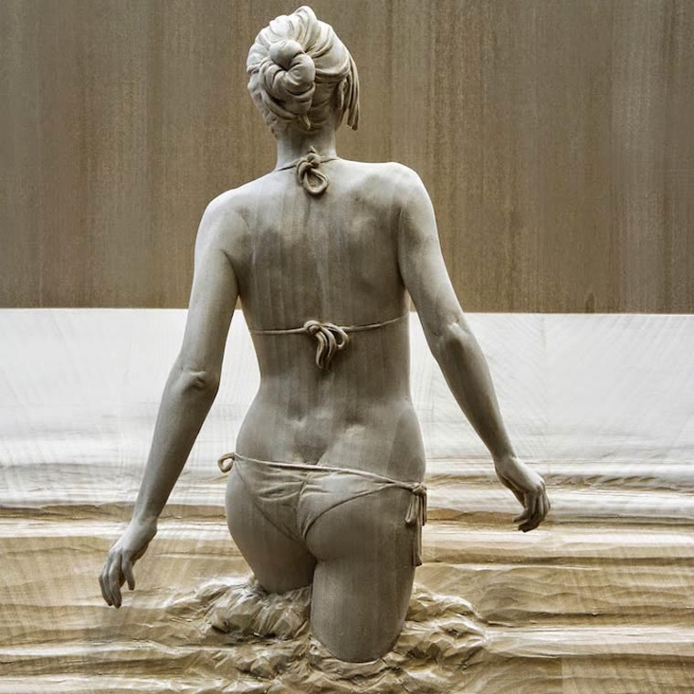 peter demetz sculpture en bois