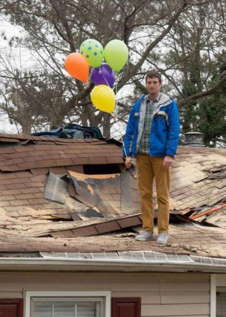 regis sur un toit
