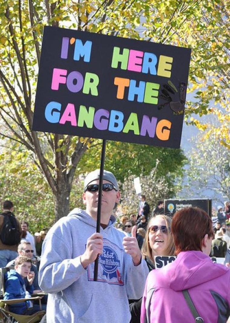 je suis ici pour le gang bang