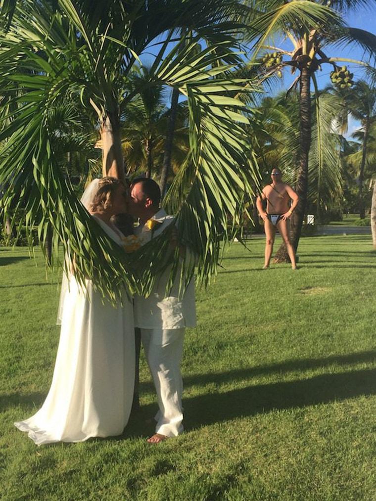 photobombe-mariage-exotique