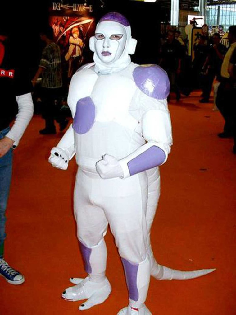freezer cosplay comicon