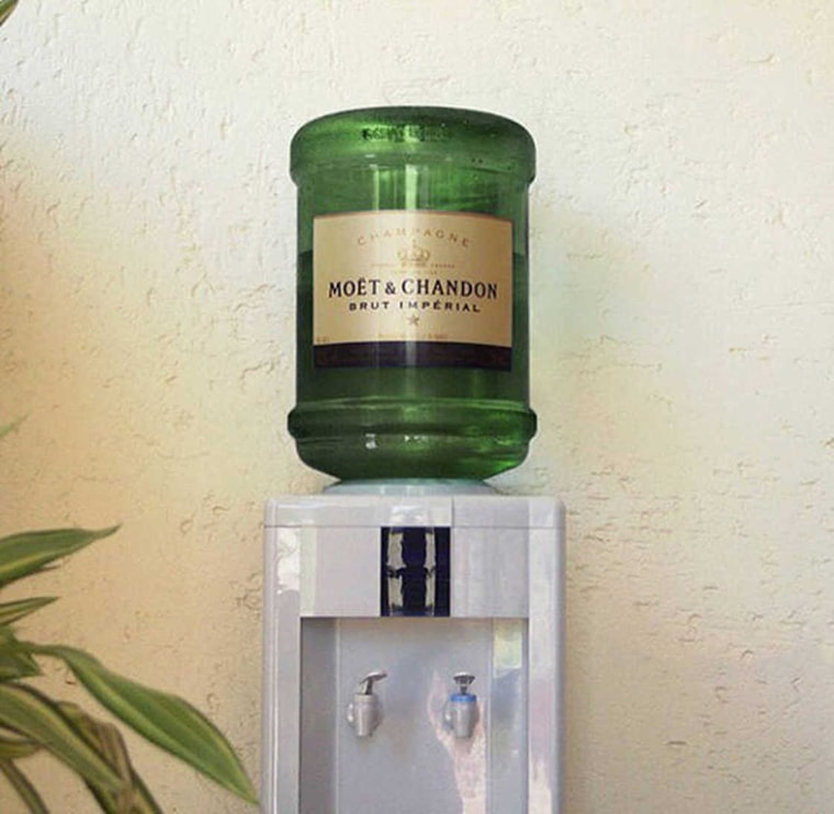 moet chandon fontaine a eau champagne