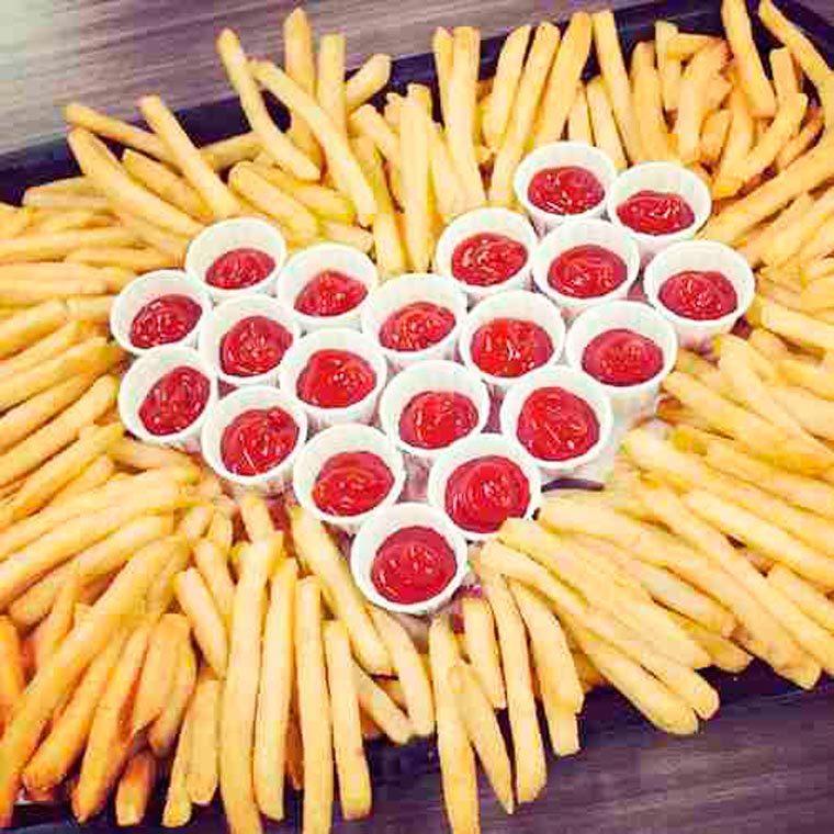 coeur en frite ketchup