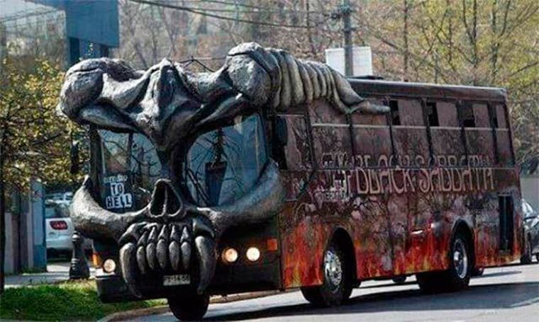 #SuperCar - autobus bélier