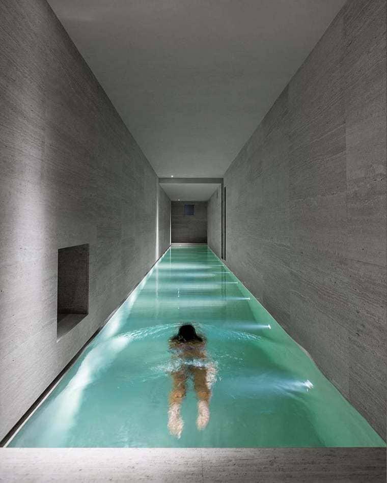 piscine de couloir